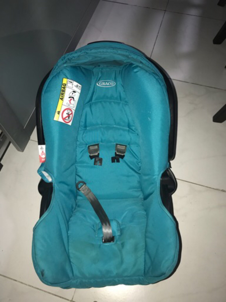 Used Graco carry cot in Dubai, UAE