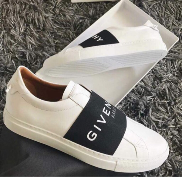 Used Authentic overruns Givenchy Sneakers  in Dubai, UAE