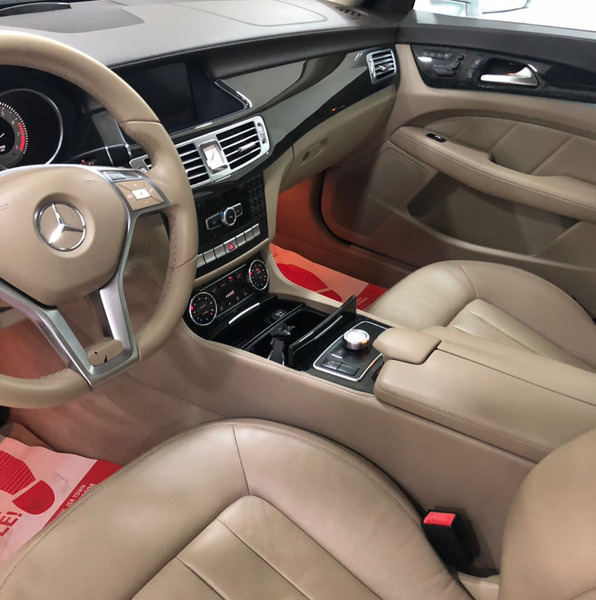 Used Mercedes-Benz CLS 350 in Dubai, UAE