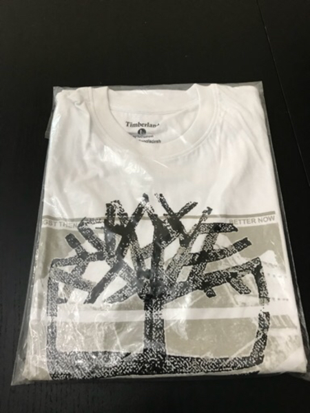 Used Item No. 61 Men's T-shirt in Dubai, UAE