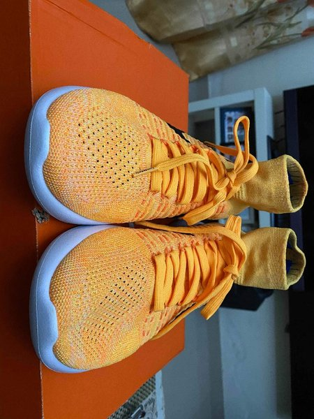 Used Nike Lunarepic flyknit size 10 US in Dubai, UAE