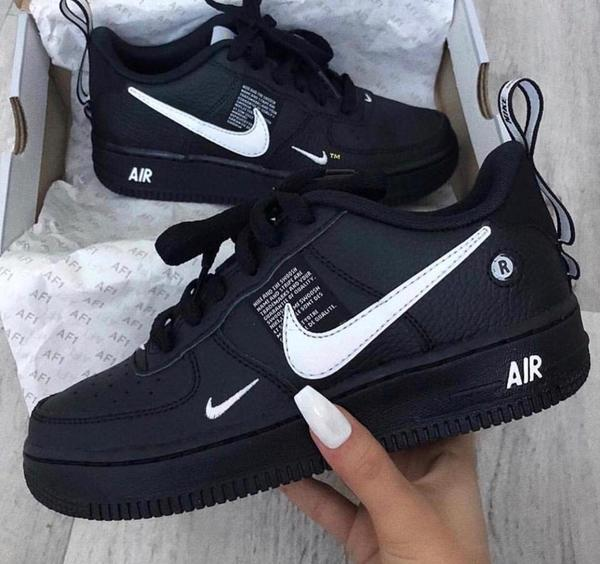 Used New men's nike air shoes 40-45 class A in Dubai, UAE