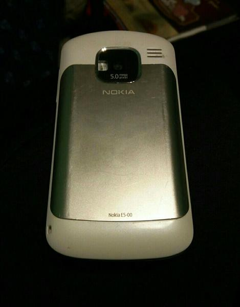 Used Nokia E5 WiFi White in Dubai, UAE