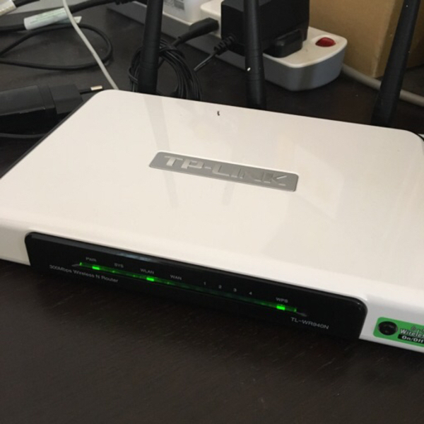 Used TP-Link Wireless router TL-WR940N in Dubai, UAE