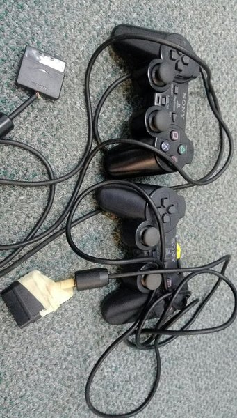 Used Sony PS2 controllers in Dubai, UAE