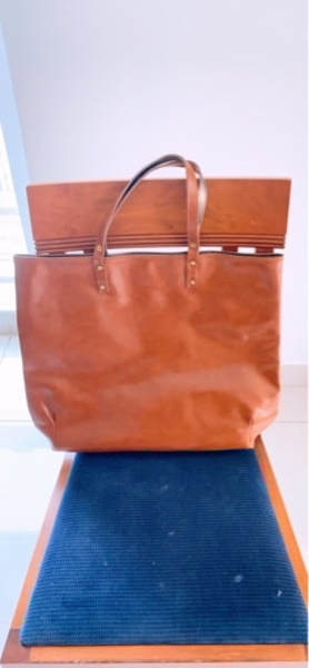 Used Brown bag in Dubai, UAE