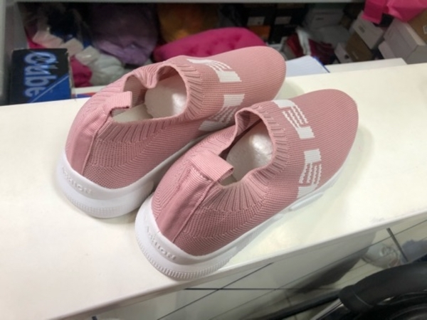 Used LADIES SHOES 36 to 40 size available in Dubai, UAE