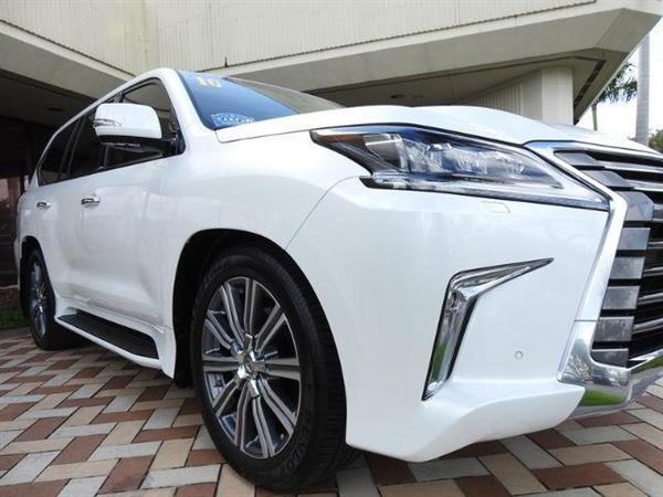 Used Lexus LX 570 2016 whatsapp  +32465752457 in Dubai, UAE