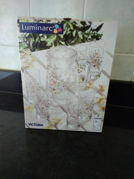 Used Luminarc set in Dubai, UAE