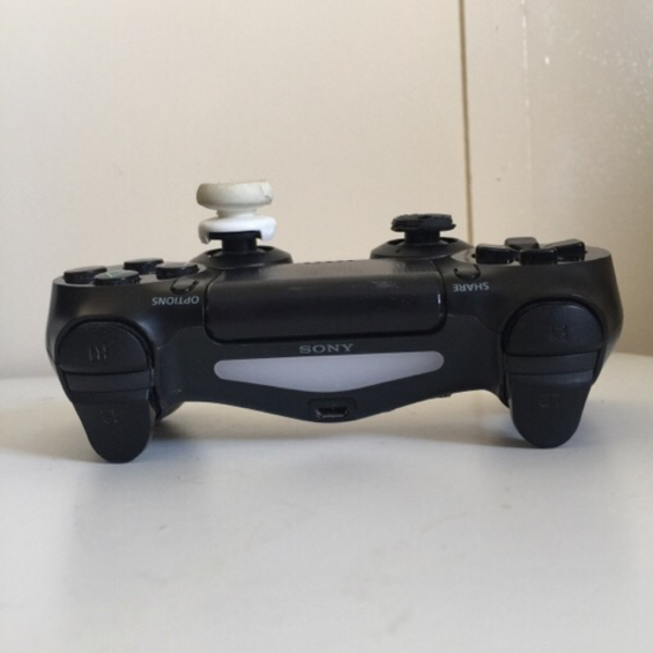Used Sony wireless controller in Dubai, UAE