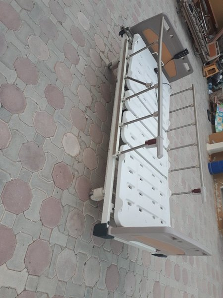 Used ELECTRIC MEDICAL BED in Dubai, UAE