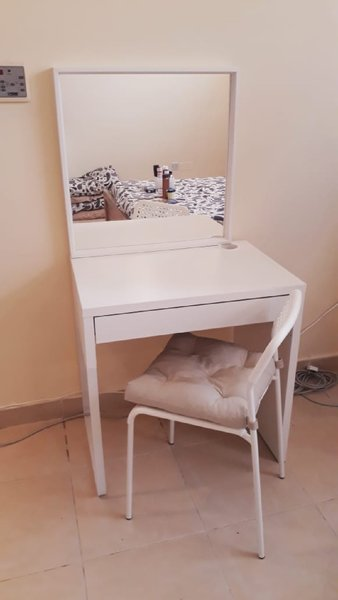 Used Dressing table combo (can sell separate) in Dubai, UAE