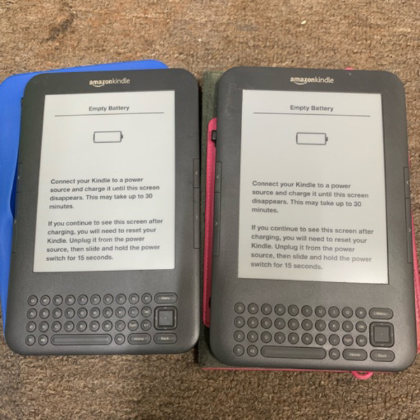 Used 2 x kindle readers *battery dead in Dubai, UAE