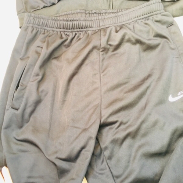 Used Sport suit and cap in Dubai, UAE