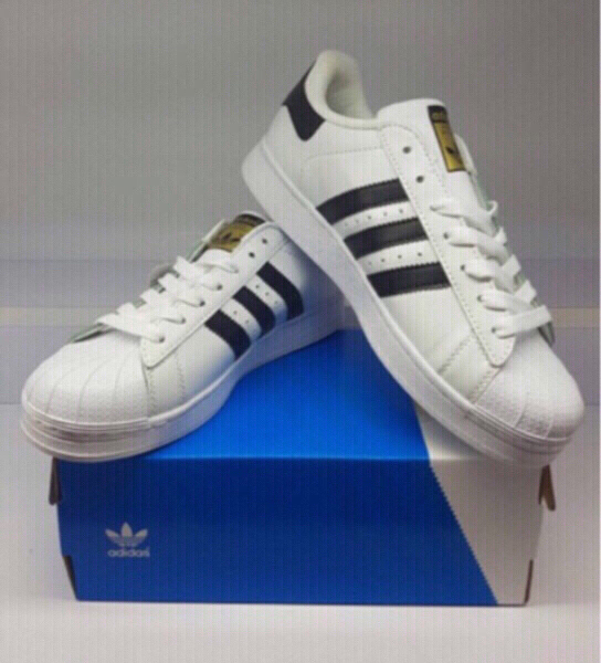 Used Adidas superstar AAA in Dubai, UAE