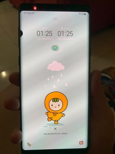 Used Note 9 with small dot in Dubai, UAE