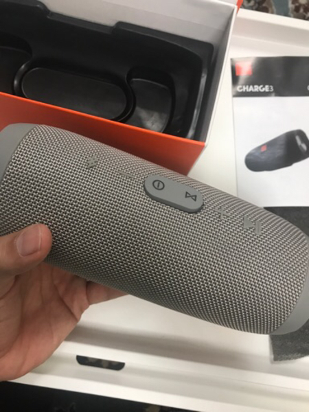 Used Charge 3 Wireless (Speaker+charger) in Dubai, UAE