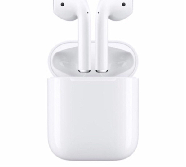 Used AirPods in Dubai, UAE