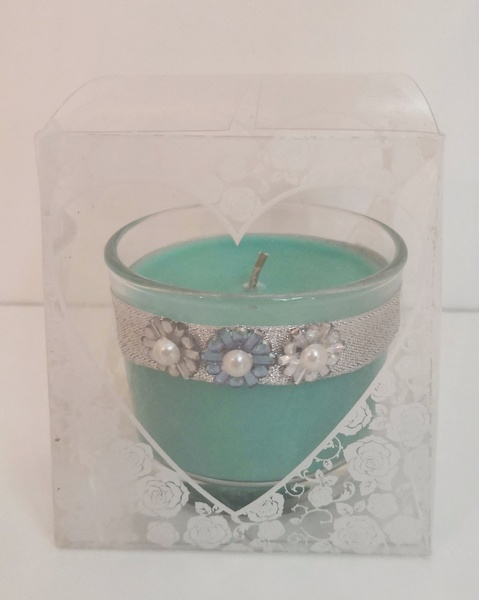 Used Beautiful hand decorated scented candles in Dubai, UAE