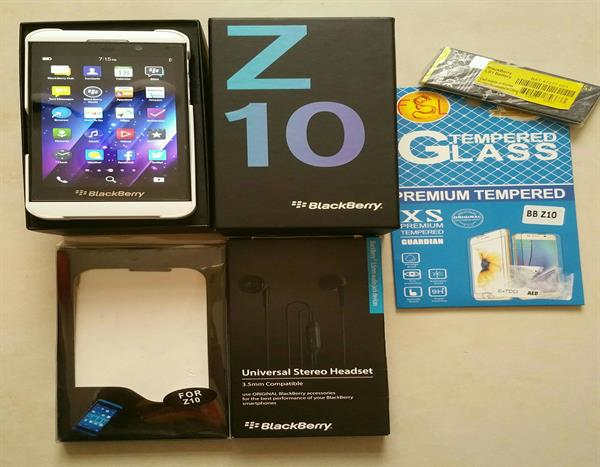 Used Blackberry  Z10 White Color 16Gb Storage, 2 Gb RAM, Hardly Used. With Complete Box And Accessories. in Dubai, UAE