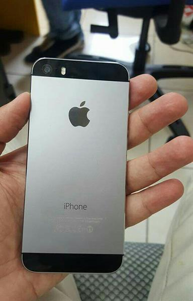 Used Iphone 5s 64gb Original Used  Not With  Any accessories in Dubai, UAE