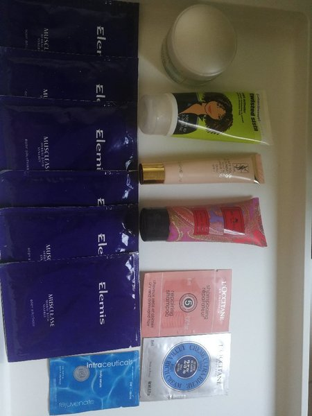 Used Beauty bundle. Original in Dubai, UAE