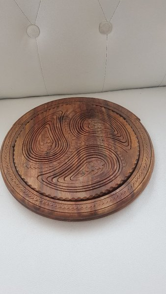 Used Wooden Plate Foldable Antique in Dubai, UAE