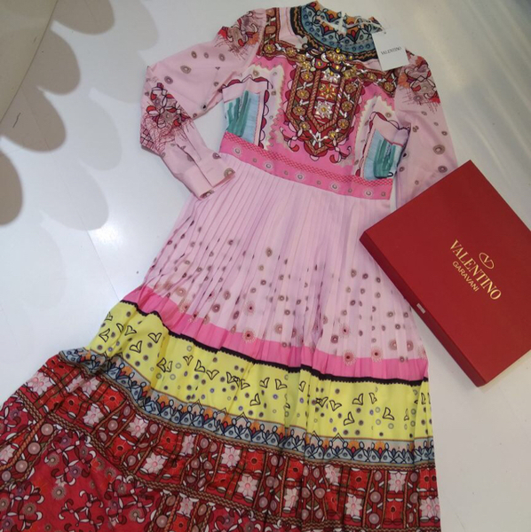 Used Brand New Valentino Dress Comes With Box And Paper Bag, Sizes Available, Pls Whatsapp Me At 0554450792  in Dubai, UAE