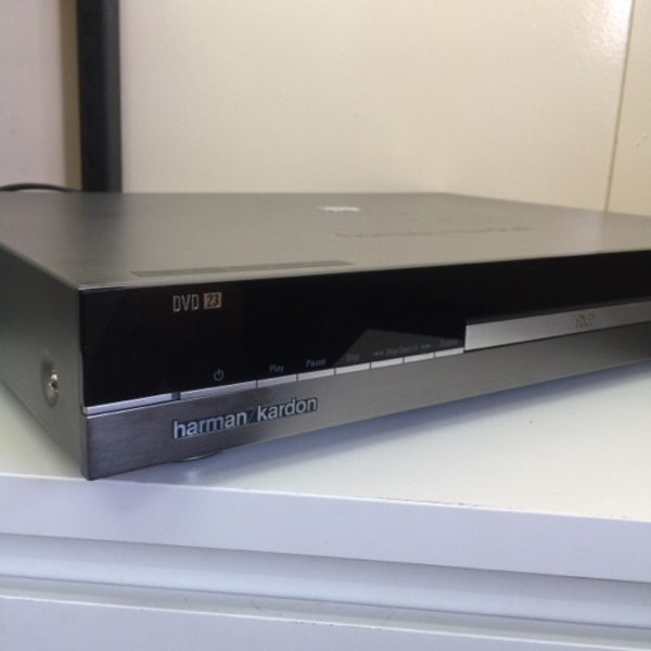 Used COMPACT DISK PLAYER in Dubai, UAE