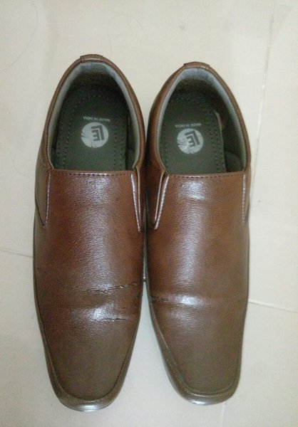 Used Men shoes use twice only size 42 in Dubai, UAE