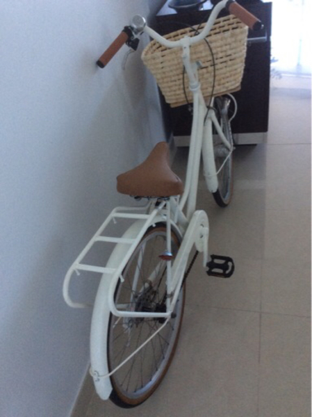 Used Female bicycle almost new in Dubai, UAE