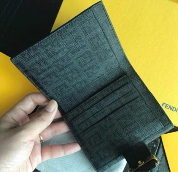 Used Fendi brand new authentic wallet  in Dubai, UAE