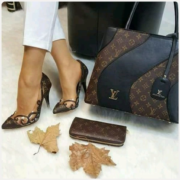 Used LV SET SHOES BAG AND WALLET in Dubai, UAE