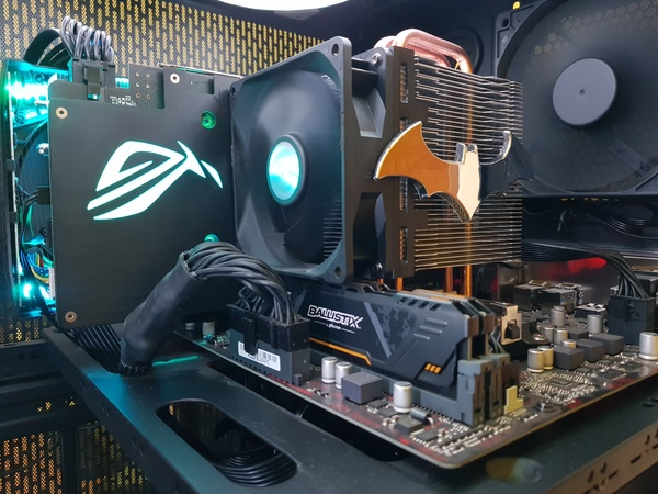 Used Asus Custom Gaming PC - Batman Edition in Dubai, UAE