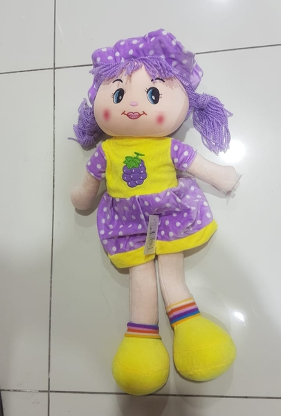Used 22 inch Rag Doll, Soft Huggable *New* in Dubai, UAE