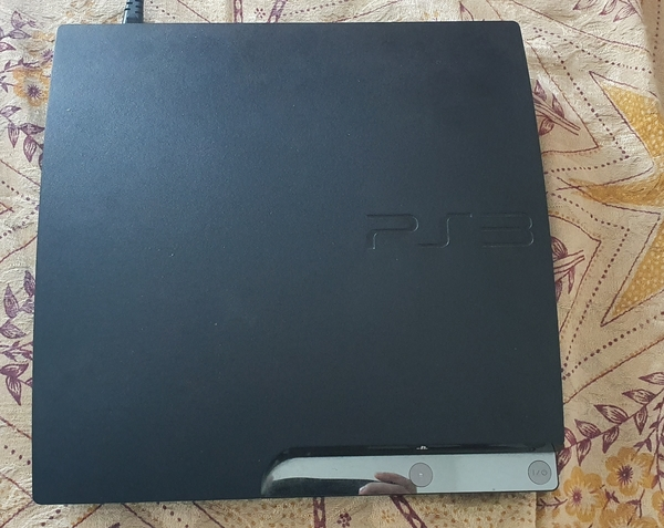 Used PlayStation 3 - Player with Controllers in Dubai, UAE