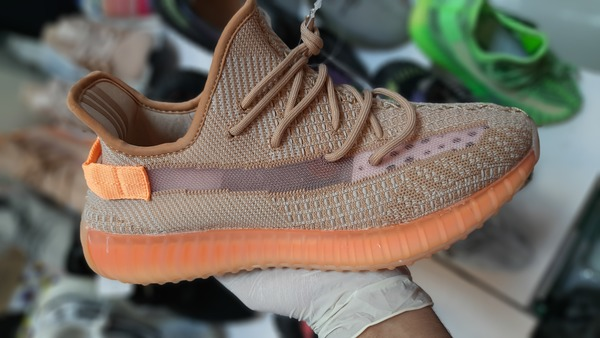 Used Yeezy 350 shoes in Dubai, UAE
