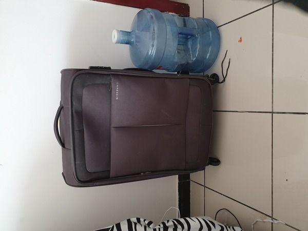 Used Travelling luggage in Dubai, UAE