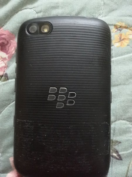 Used Black berry 9720 in Dubai, UAE