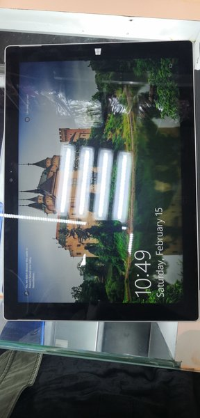 Used Surface pro 3 in Dubai, UAE
