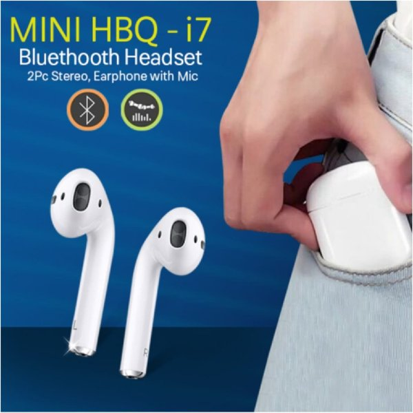 Used New i7 earpods with charging case in Dubai, UAE
