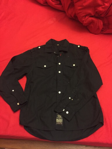 Used Black shirt & tshirt  new 11-12 yrs  in Dubai, UAE