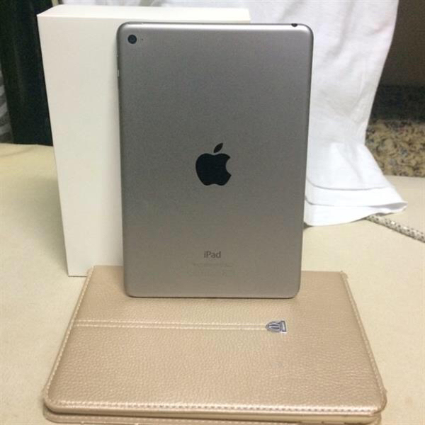 Apple Ipad 4 Mini,16Gb. Look Like New with Box, Charger, Cover Case & Receipt. Bought In Sharaf DG. Space Gray Color.
