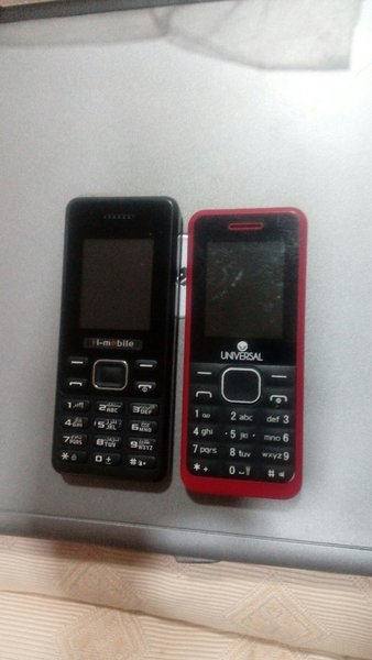 Used Two Mobile in excellent condition in Dubai, UAE