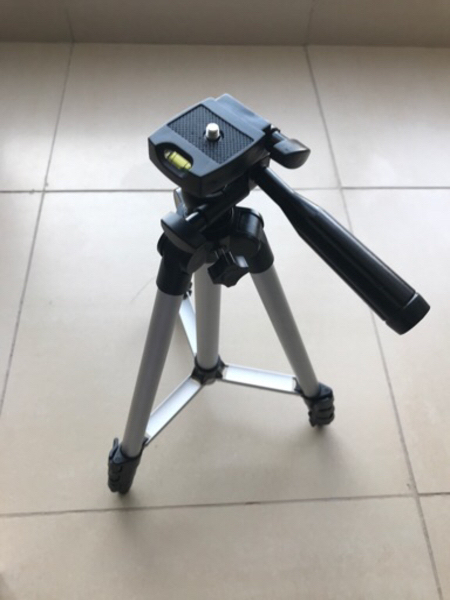 Used New Tripod for phone/camera extendable in Dubai, UAE