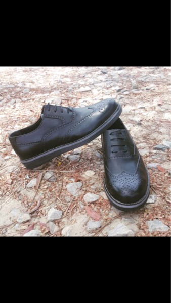 Used Man shoes genuine leather  in Dubai, UAE