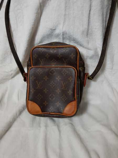 Used LV Sling Bag in Dubai, UAE