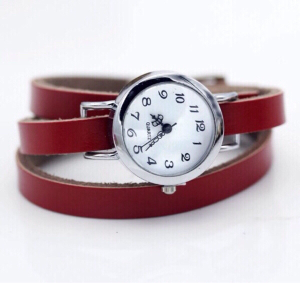 Used women watch with leather band in Dubai, UAE