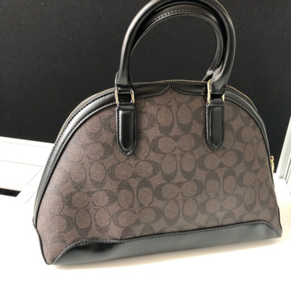Used Coach Coffee Color in Dubai, UAE
