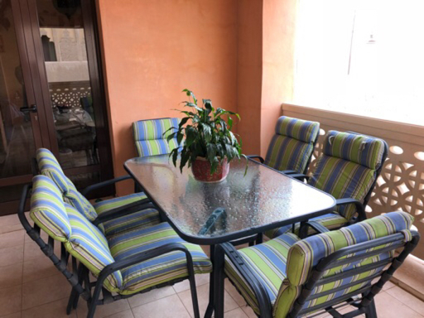 Used Garden table with 6 chairs in Dubai, UAE